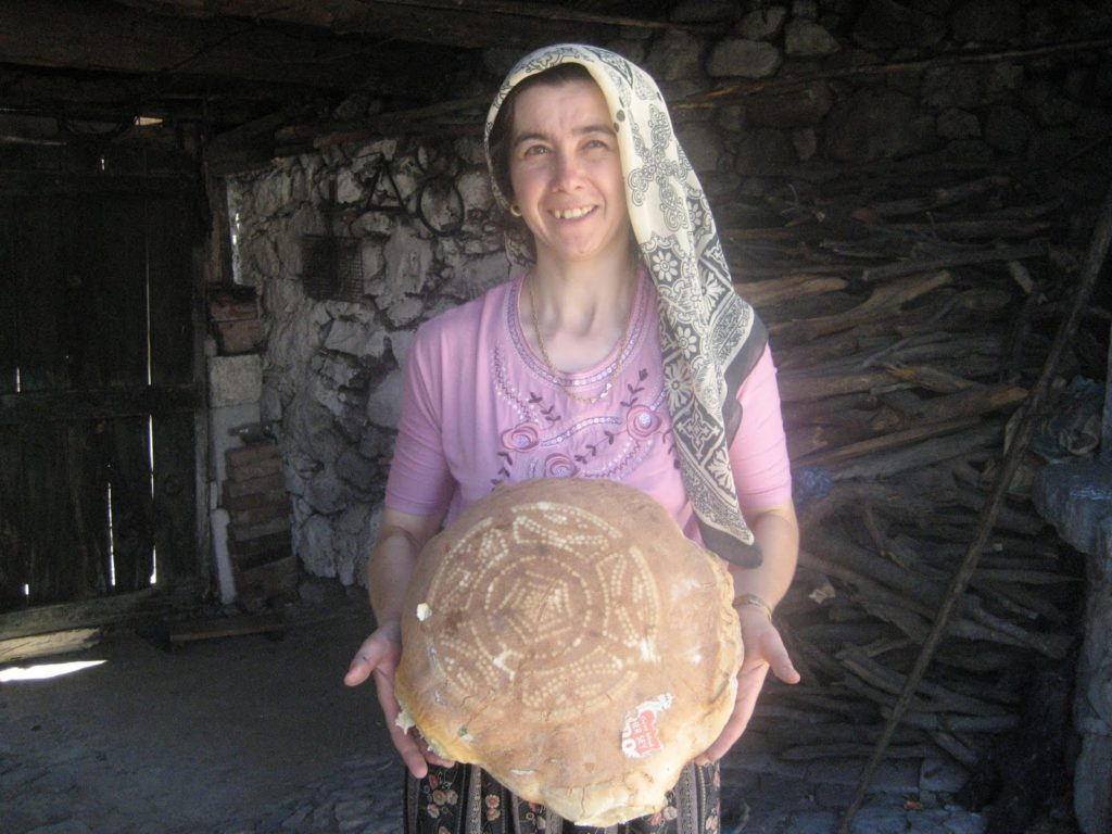 Bread with pattern