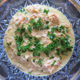 Meze with Yogurt: Carrot Salad with Garlic Yogurt/Yoğurtlu Sarımsaklı Havuç