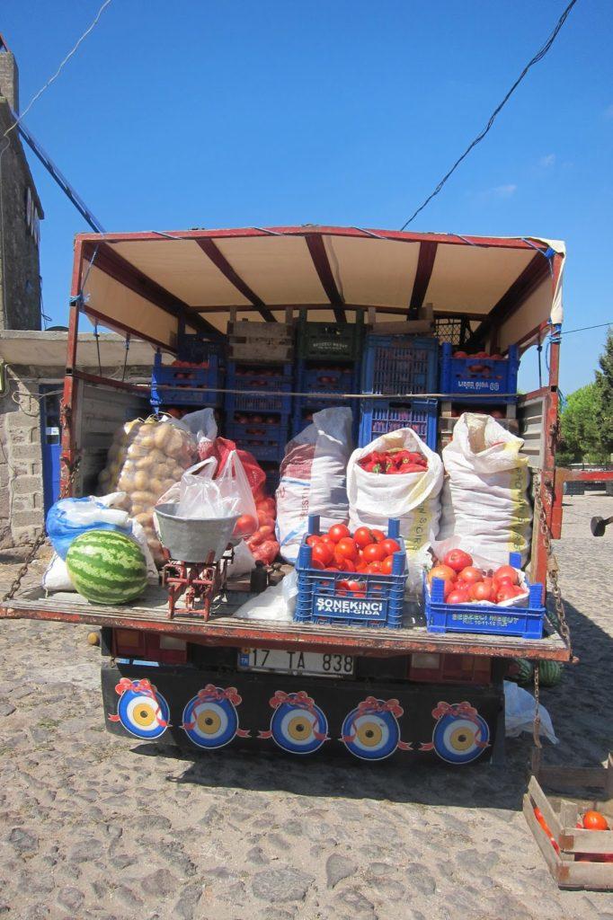 Vegatble truck