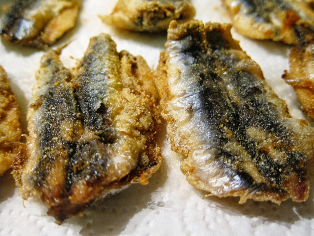 Fried hamsi