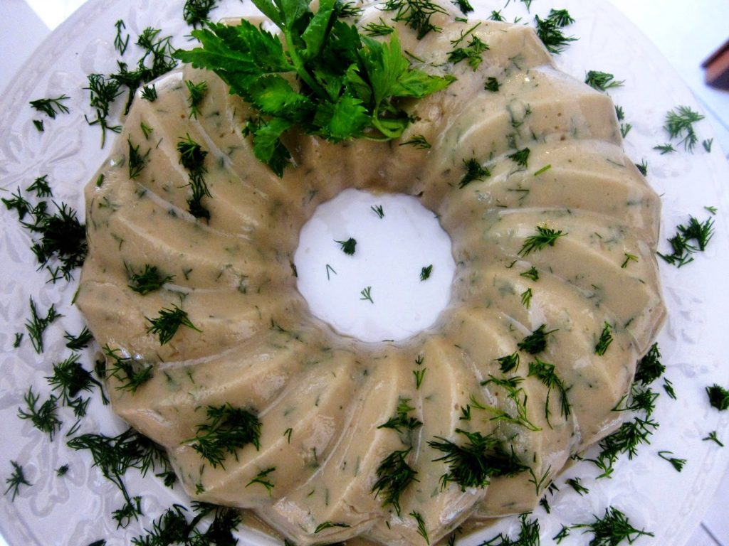 Fava with dill