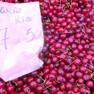 Napolyon cherries