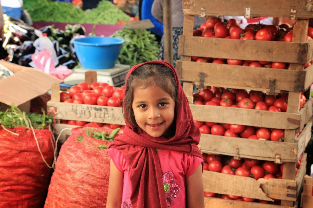 Selçuk market girl