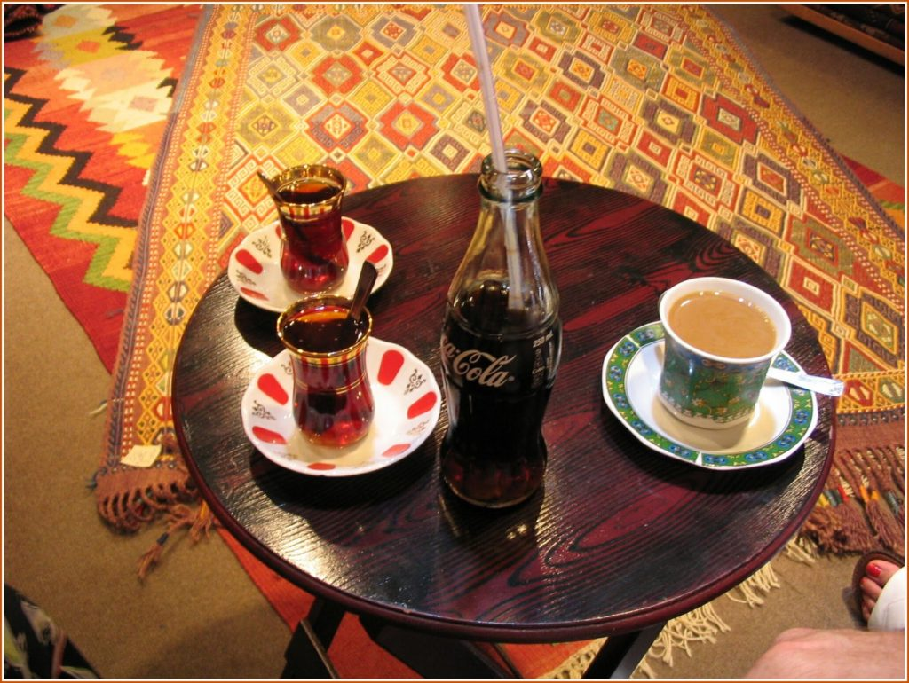 Turkish çay in the Bazaar