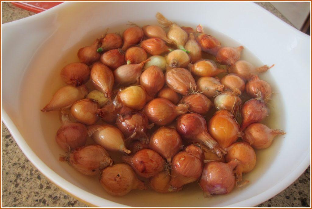 Arpacik onions soaking