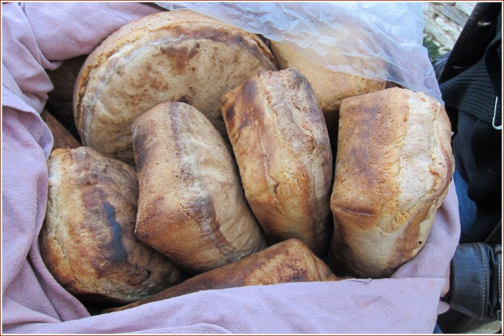 Turkish bread in şirince