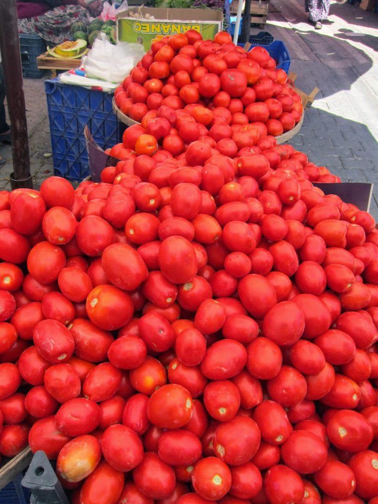 kucukkuyu pazar tomatoes