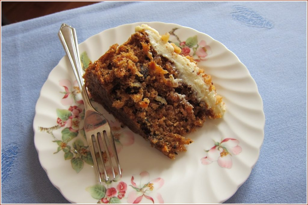 slice+of+carrot+cake.jpg