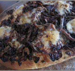 Caramelised Red Onion and Anchovy Pizza with Black Olives