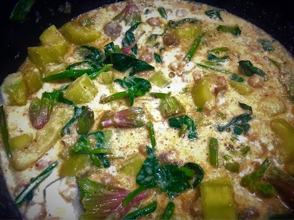 Spinach and zucchini stew